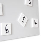 orologio-parete-design-wall-clock-detail-changing-white