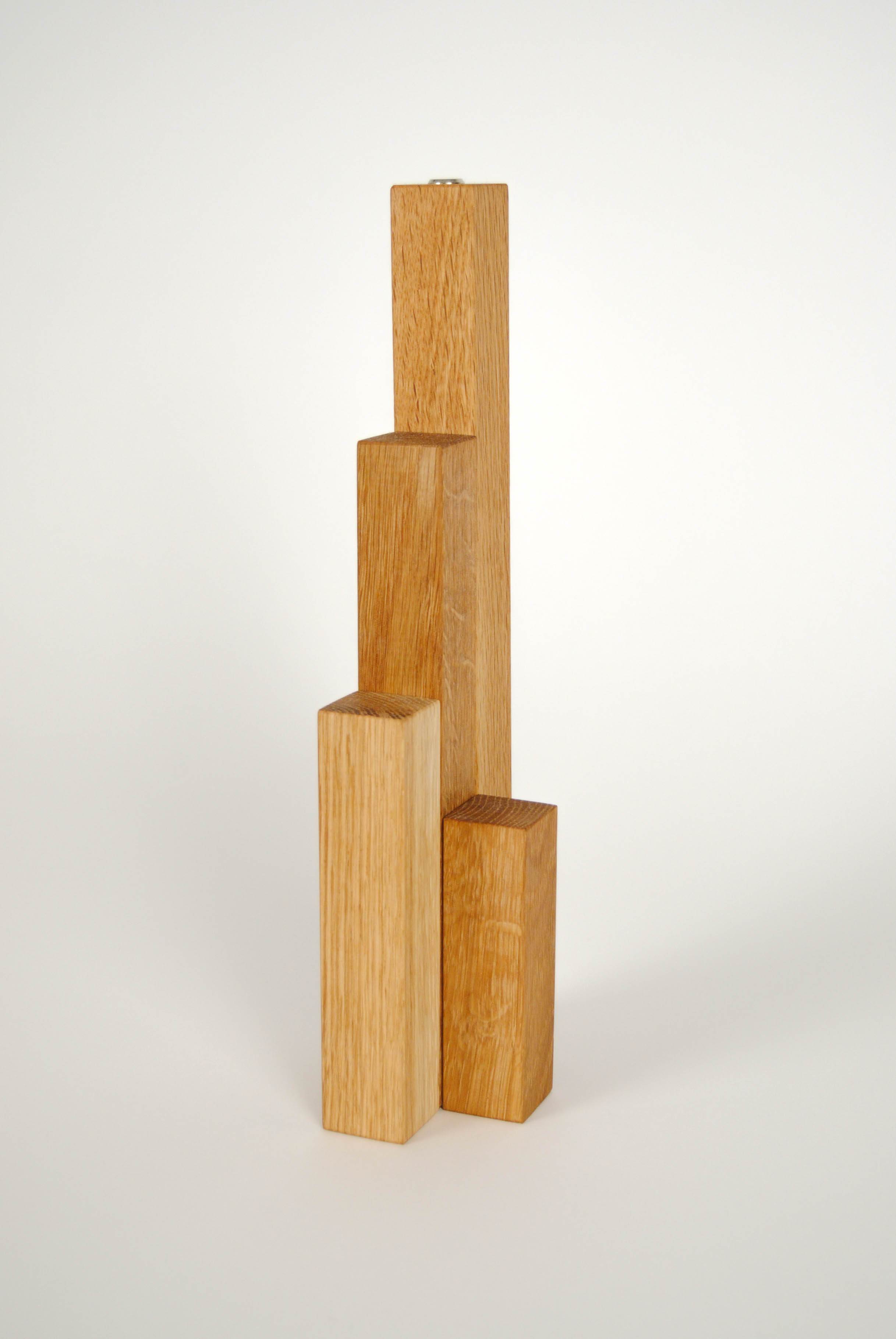 close tris lamp wooden on the backside
