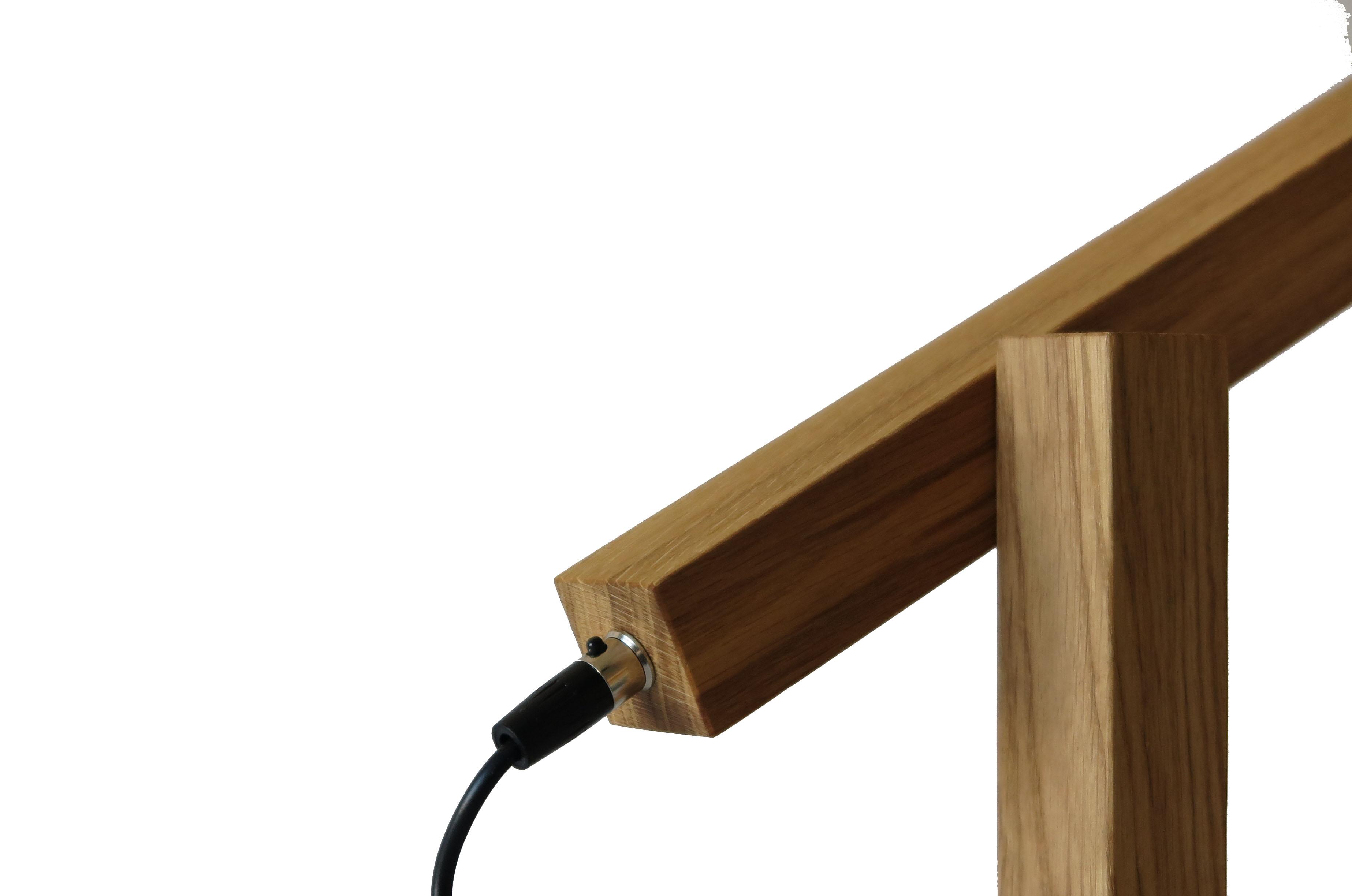 tris wooden lamp plug