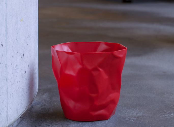 cestino-gettacarte-design-red-binbin-designobject
