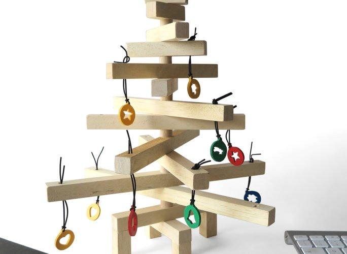 albero-natale-design-piccolo-legno-christmas-tree