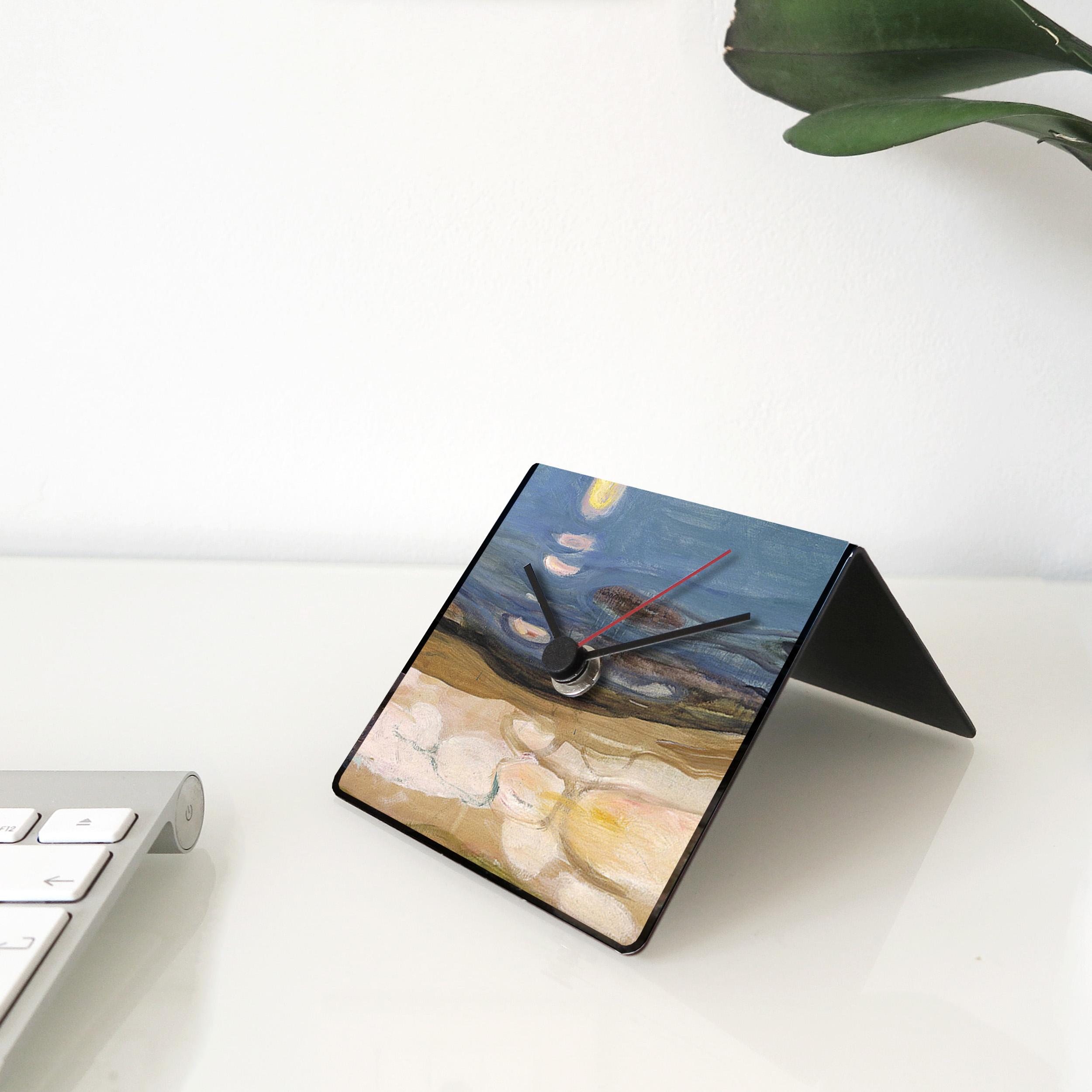 Munch art desk clock designobject
