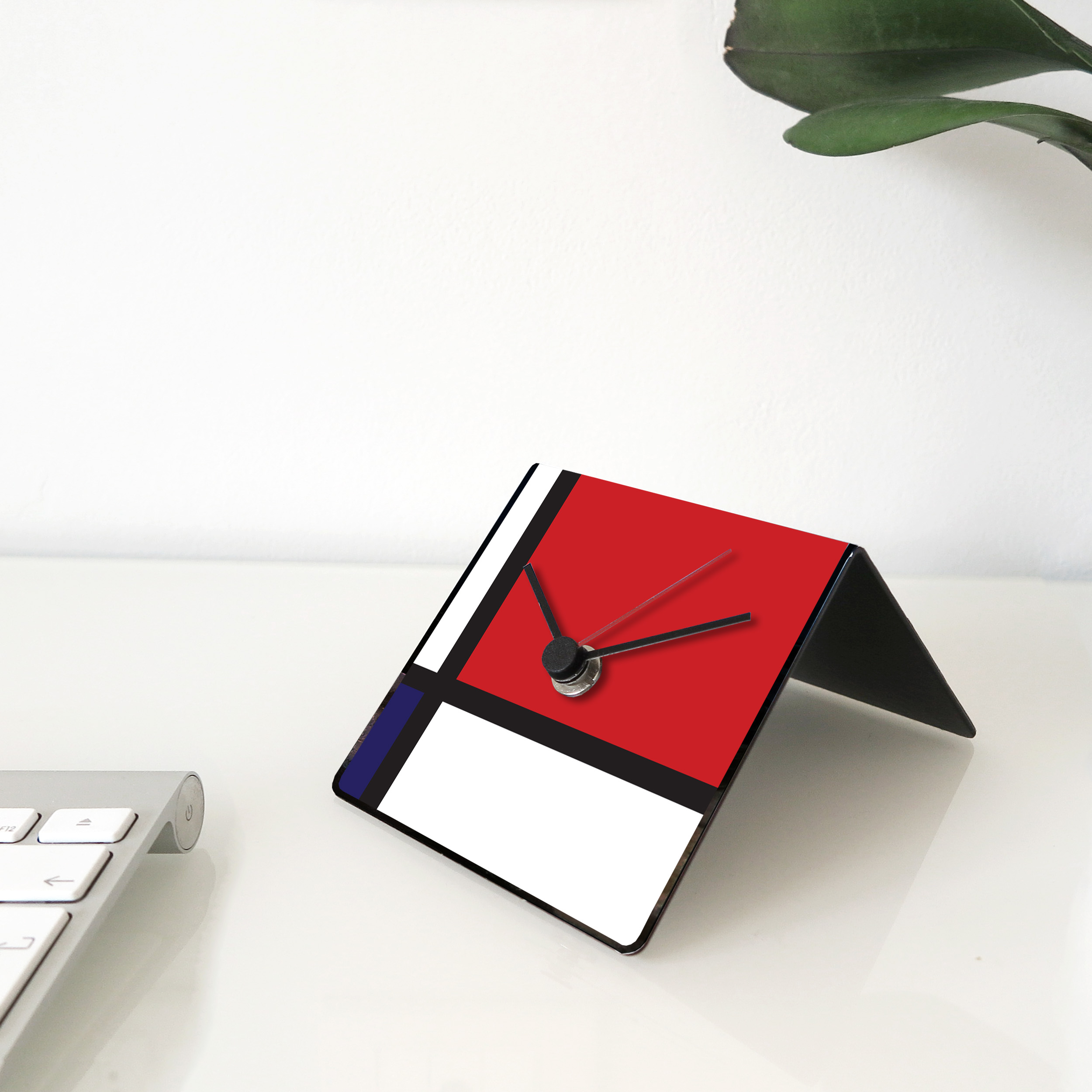 mondrian art clock design designobject