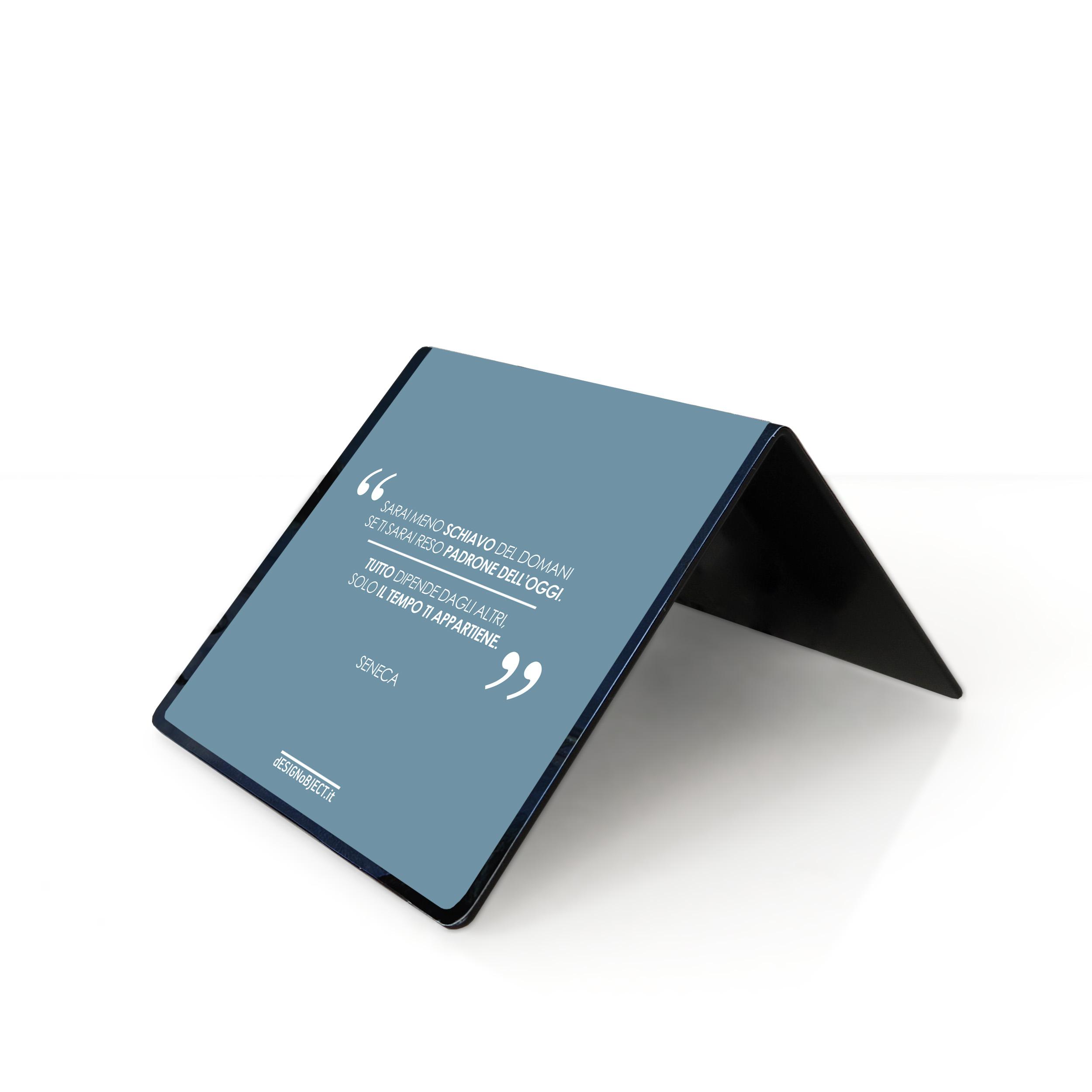 orologio di design table clock minimal design citazioni frasi Tempo Libertà Seneca