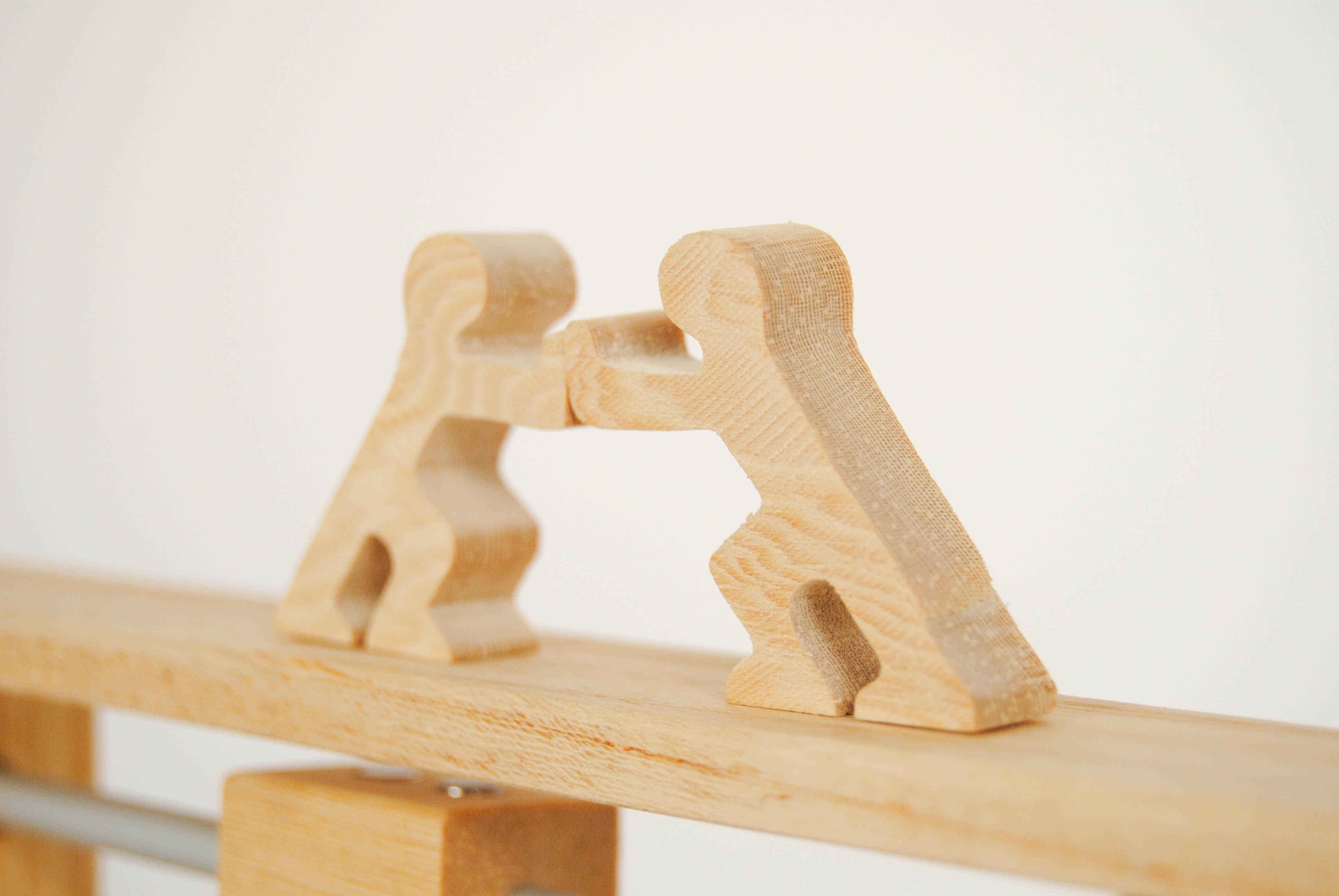 leonardo da vinci magnetic wooden toy with kids shove