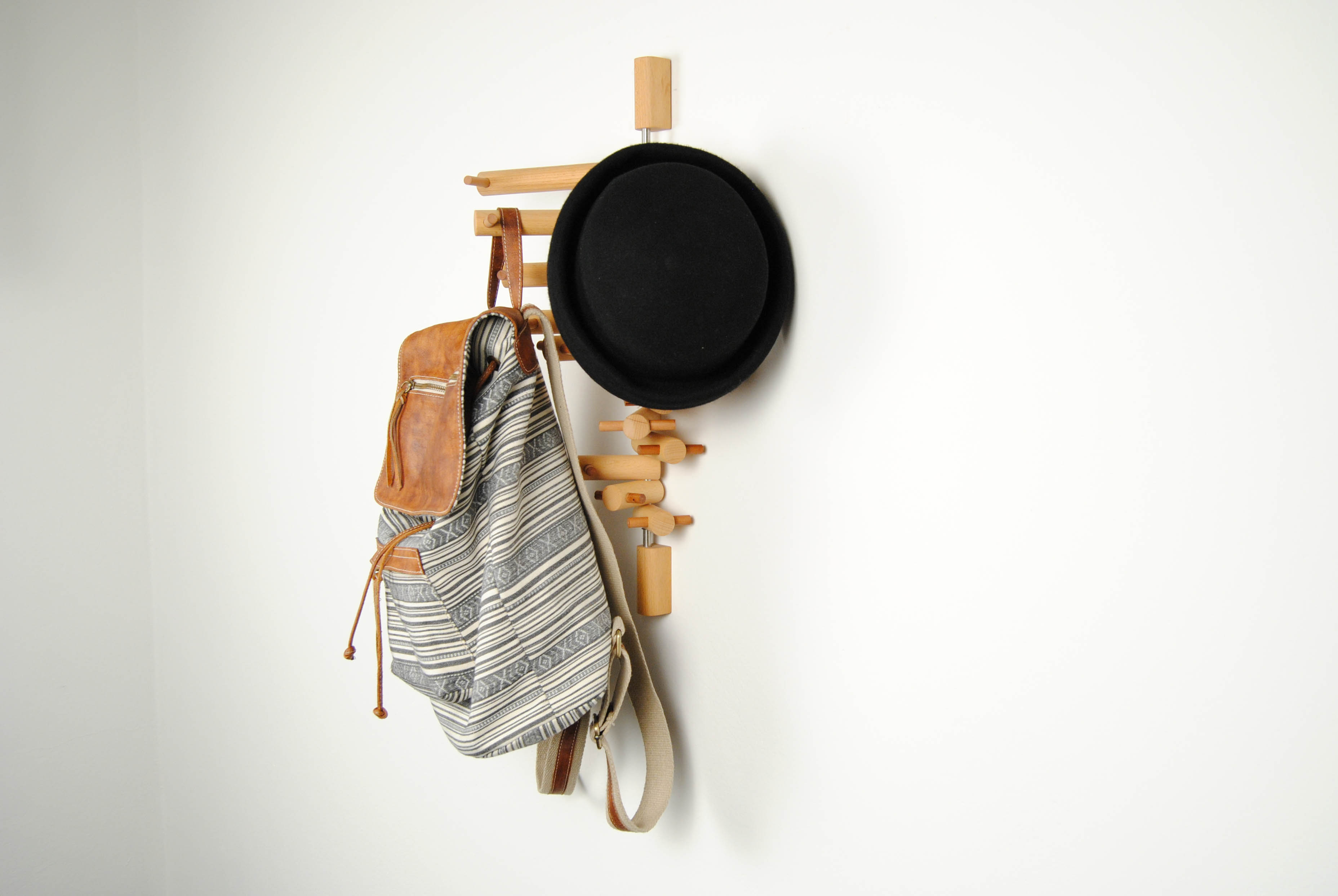 21 wooden coat hook for bag and hats