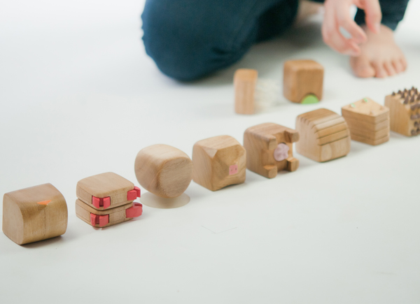 design-play-toys-singapore-minimals