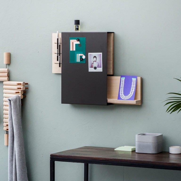 Portachiavi da parete di design organizer designobject for Lavagne magnetiche da arredo