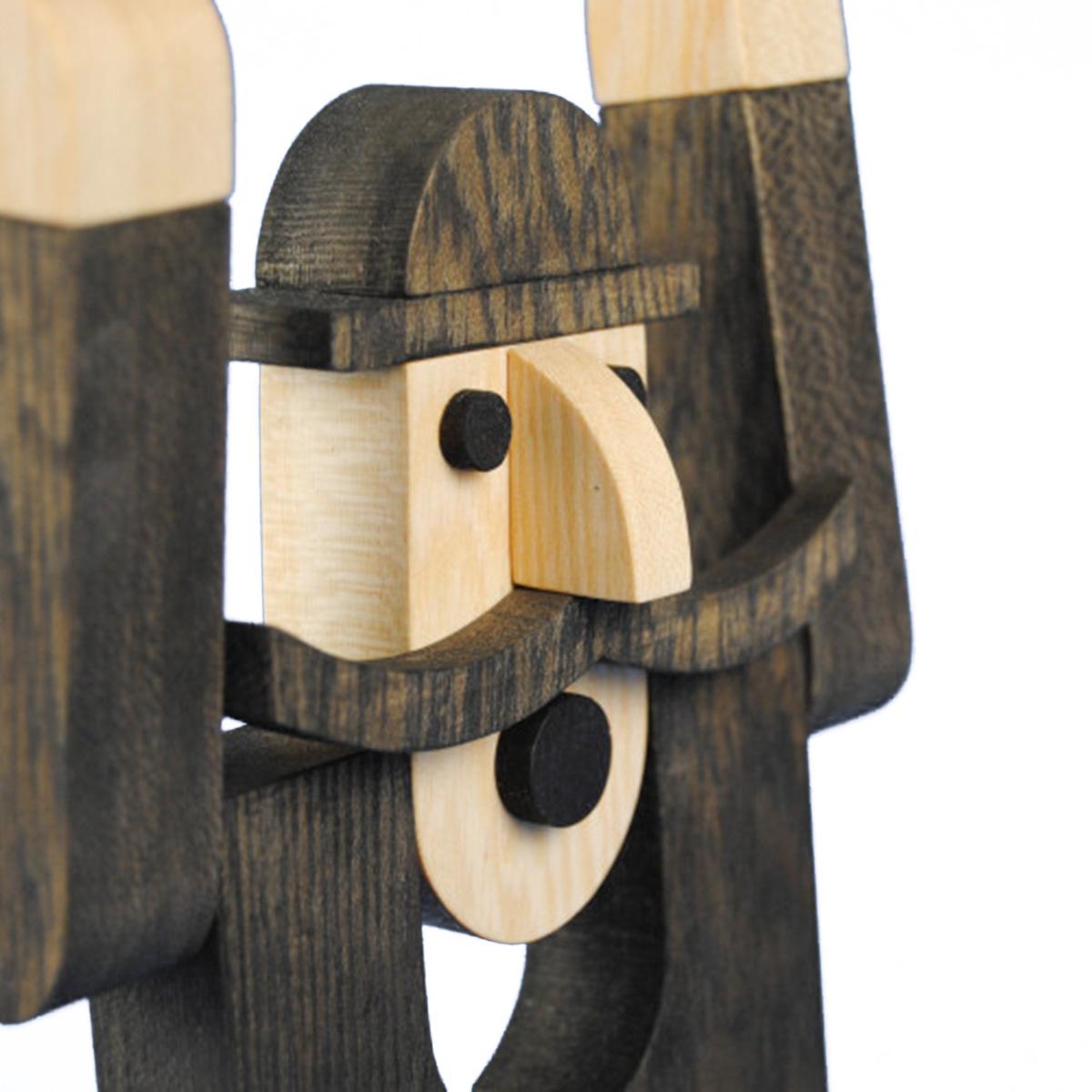 Giocattolo in legno Prete Baffuto Depero
