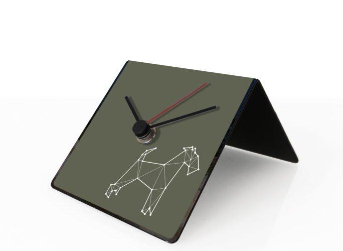 cane-totem-design-clock