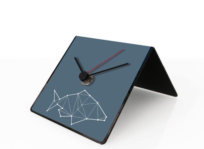 pesce-totem-design-clock