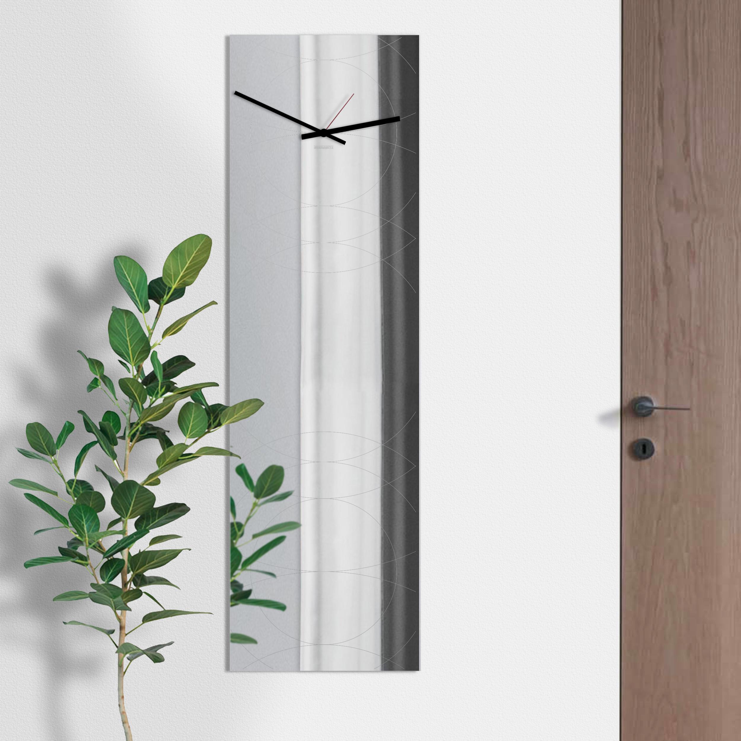 Orologio specchio di design designobject for Specchio da parete grande